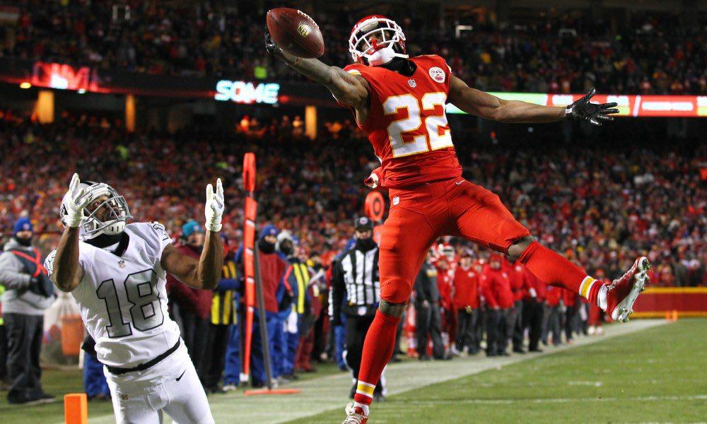 Marcus Peters a los Rams (por un chief)