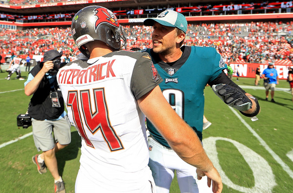 "Los Buccaneers de ""Fitzmagic"" frenan a los Eagles"