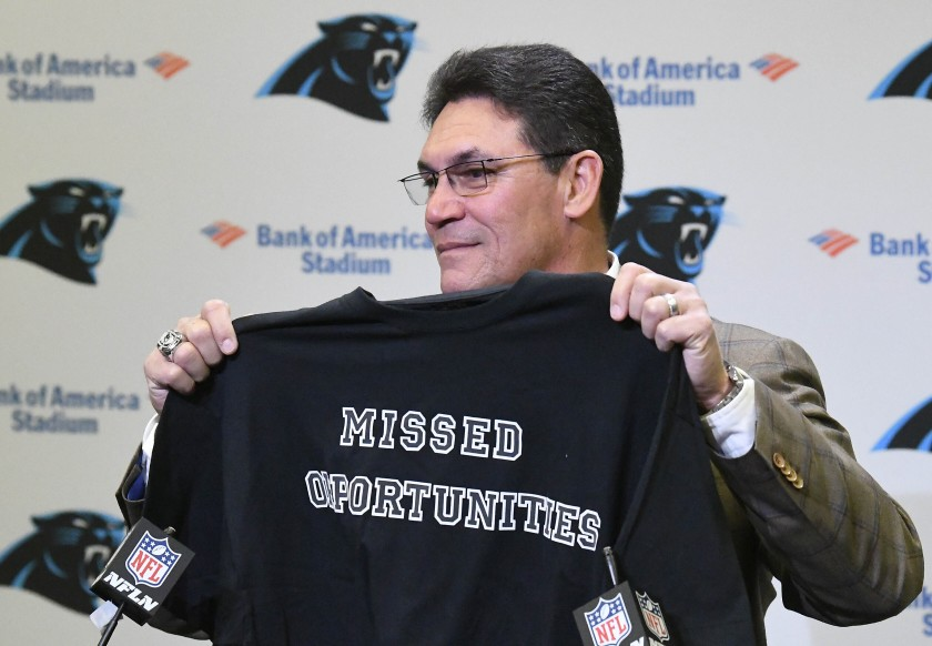 Los Carolina Panthers despiden a Ron Rivera